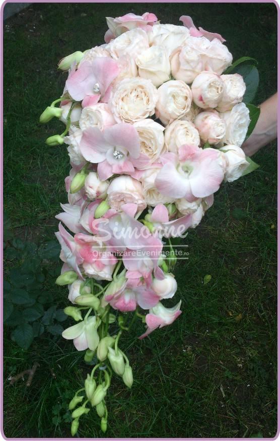 Buchet Mireasa Nasa Din Trandafiri Si Orhidee
